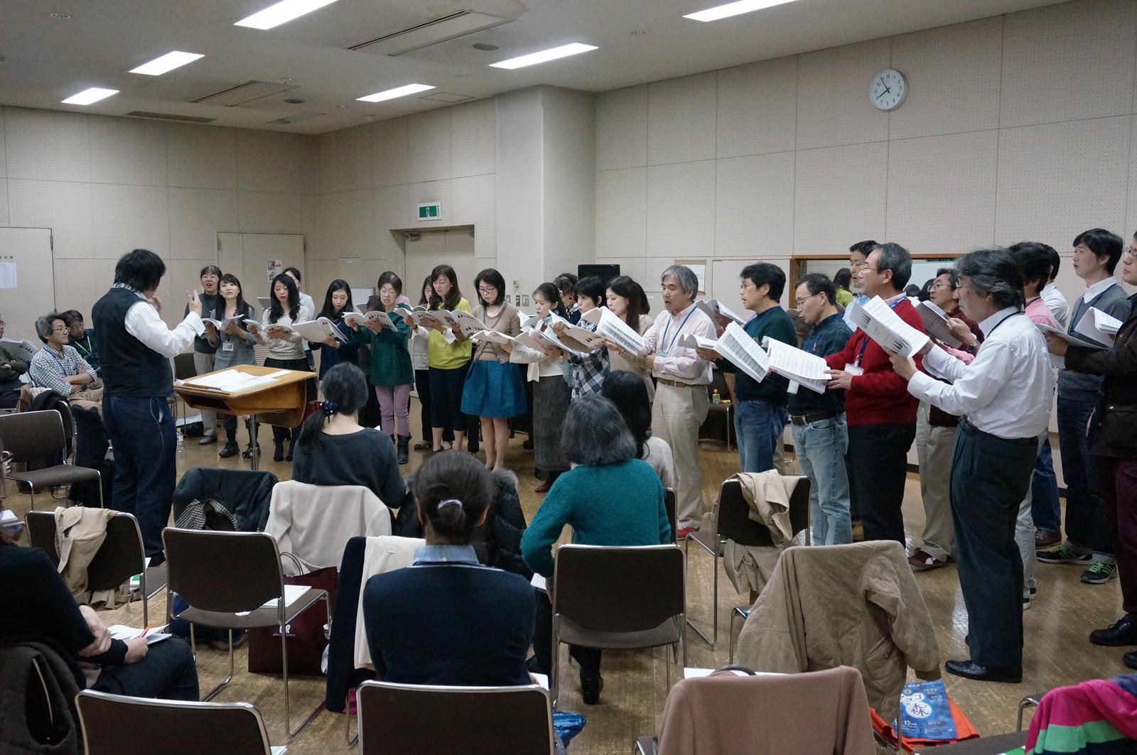 丸の内合唱団恒例・ミニステージ