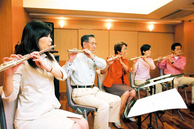 吹奏楽経験者の方など、大歓迎。フルートアンサンブルを楽しみましょう