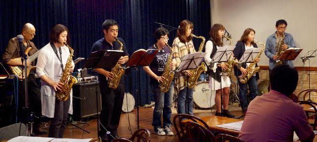 宮地渋谷大人のジャズ研、有名ライブハウスでレッスン成果を披露!
