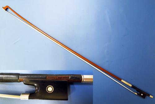 楽器の性能を最大限に発揮するには弓の役割が重要